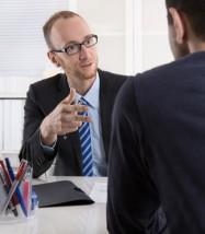 Bewerbungsgespräch: Arbeitgeber und Arbeitnehmer