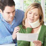 追突事故でむちうちになった場合に知っておくべき保険会社の対応と慰謝料請求のためのポイントとは