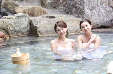 温泉 旅行 女子 旅